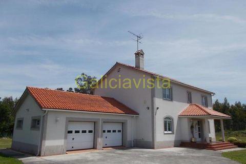 4 habitacions Casa al camp per vendre en Betanzos