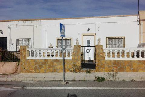 4 camere da letto Casa di città in affitto in Pinoso