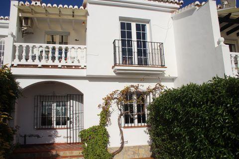 3 slaapkamers Rijtjeshuis te koop in Competa