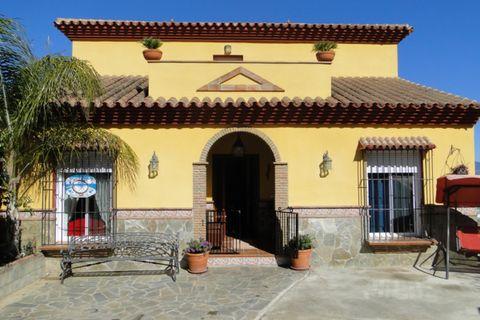4 dormitorios Villa en venta en Coin