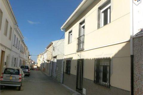 3 soveværelser Byhus til salg i Castillo De Locubin