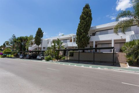 2 bedrooms Apartment for sale in Nueva Andalucia