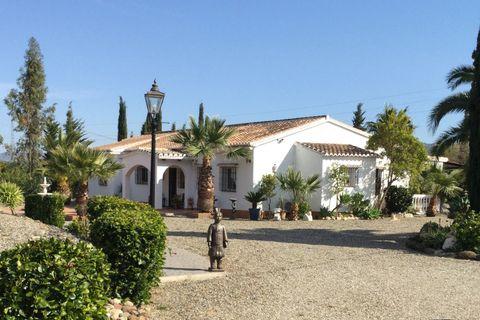 4 dormitorios Villa en venta en Casarabonela
