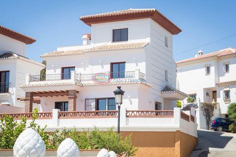 3 habitacions Casa adossada per vendre en Torrox Costa
