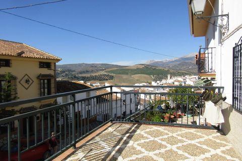 4 bedroom Village house for sale in Riogordo