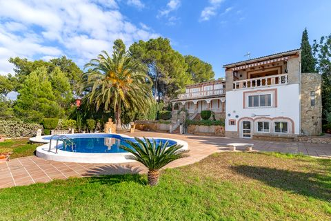 5 bedrooms Villa for sale in Santa Ponsa