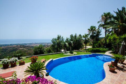 4 habitacions Masia per vendre en Elviria
