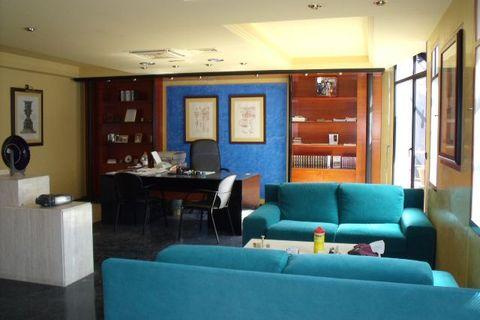 3 спальни Коммерческая недвижимость купить во Torremolinos