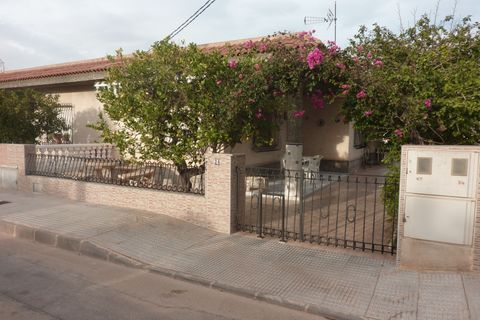 3 bedrooms Terraced house to rent in El Carmoli