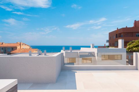 5 bedroom Town house for sale in Fuengirola