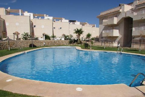 3 bedrooms Terraced house to rent in Aguilas