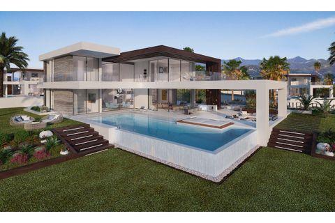 4 bedrooms Villa for sale in Estepona