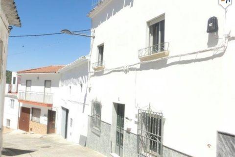 3 sovrum Radhus till salu i Castillo De Locubin