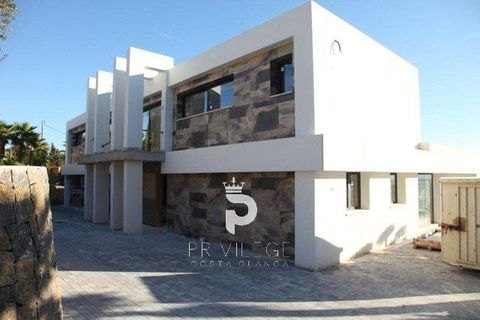 5 soverum Villa til salg i Benissa