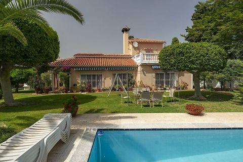 5 habitaciones Villa en venta en Alhaurin De La Torre