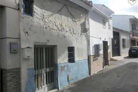 2 sovrum Radhus till salu i Castillo De Locubin