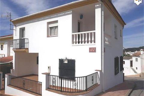 3 habitaciones Casa adosada en venta en Periana