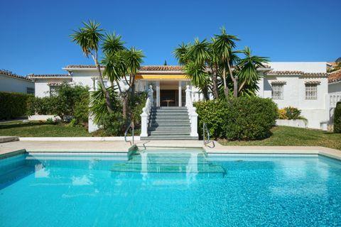 3 slaapkamers Villa te koop in Estepona