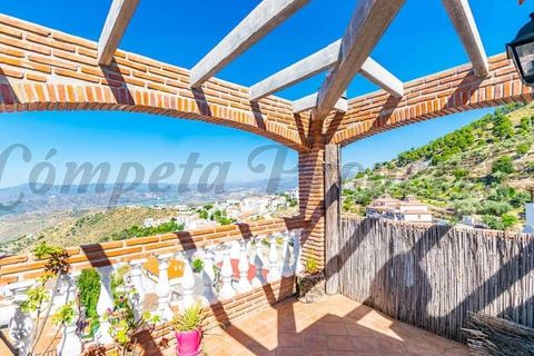 3 bedrooms Town house to rent in Canillas De Albaida