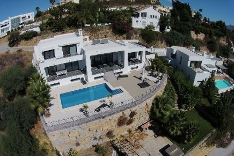 5 quartos Moradia para comprar em Marbella