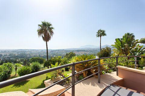 2 habitaciones Apartamento en venta en Nueva Andalucia
