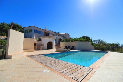4 camere da letto Villa in vendita in Faro