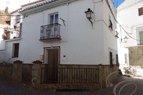 4 bedroom Villa for sale in El Borge