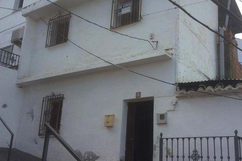 5 slaapkamers Villa te koop in Benamocarra