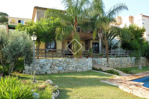 3 soverum Villa til salg i Malaga