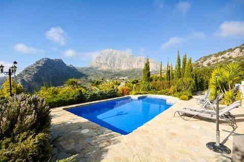 5 soverum Villa til salg i Alfarnatejo