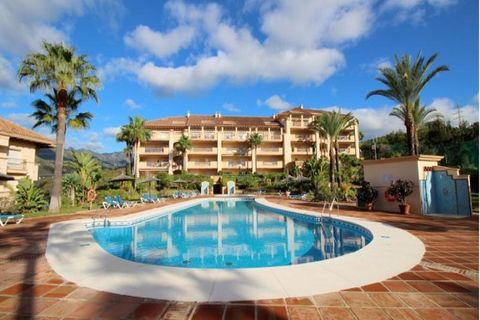 3 sovrum Takvåning till salu i Marbella Del Este