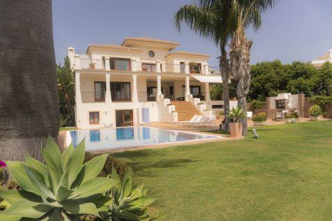 5 bedrooms Villa for sale in Benahavis