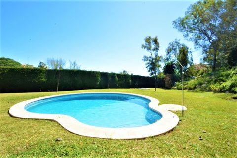 3 bedrooms Town house for sale in Calahonda