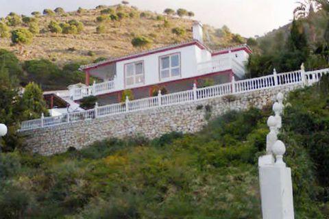 4 sovrum Villa till salu i Benalmadena