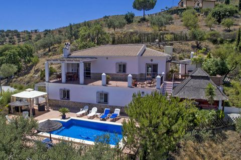 4 habitaciones Villa en venta en Alcaucin