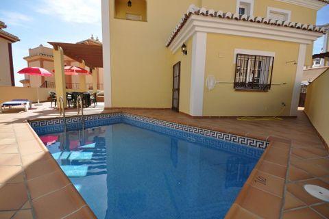4 bedrooms Villa to rent in Nerja