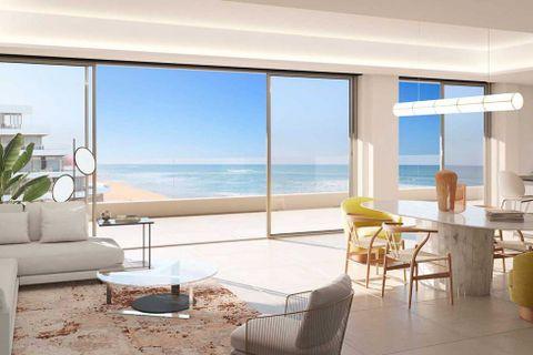 4 habitaciones Apartamento en venta en Torremolinos