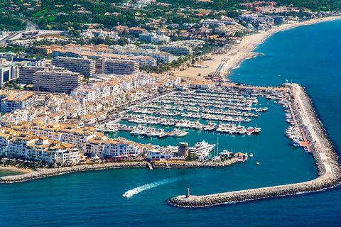 3 спален Коммерческая недвижимость купить во Marbella