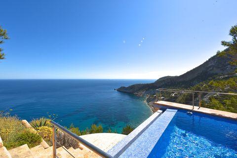 Property for sale in Cala De San Vicente Ibiza - 22 properties