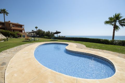 3 bedrooms Town house for sale in Estepona