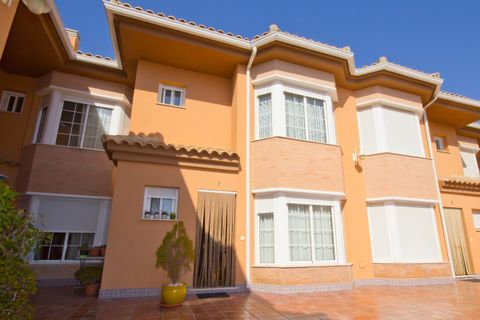 3 bedroom Town house for sale in Fuengirola