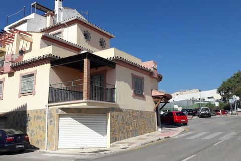 3 bedrooms Country house for sale in Estepona