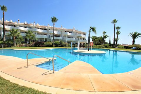 2 bedrooms Penthouse for sale in Calahonda