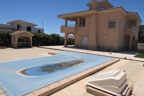 5 bedrooms Villa for sale in Aguilas