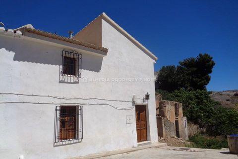 4 habitacions Casa al camp per vendre en Oria