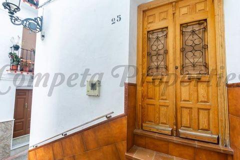 4 спален Таунхаус купить во Competa