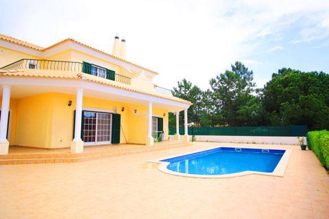 6 chambres Maison à vendre dans Quarteira