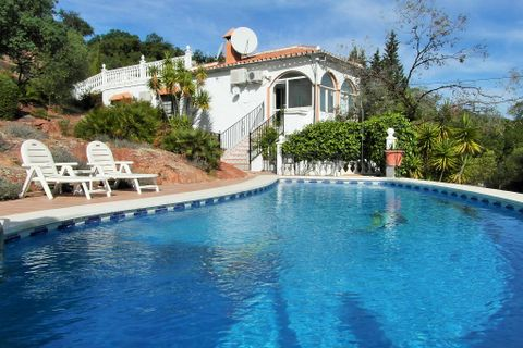 3 bedrooms Villa for sale in Almogia