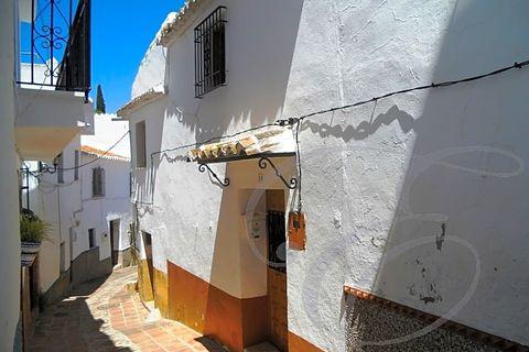 4 bedrooms Villa for sale in Comares