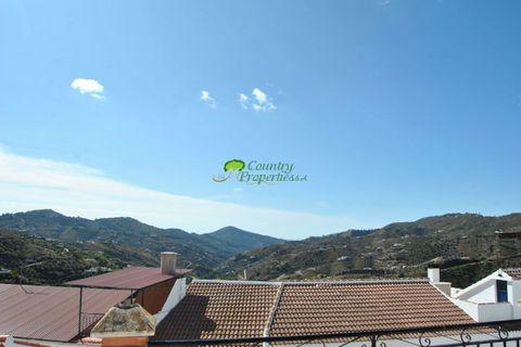 5 sovrum Radhus till salu i Canillas De Albaida